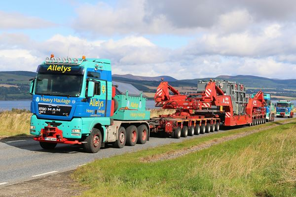 The transformers will be be loaded on to multi-axle trailers by specialist haulier Allelys